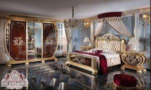 Antique Gold Finish Master Bedroom Furniture