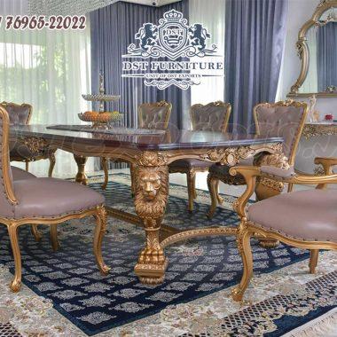 Grand Luxury Villa Dining Table Set