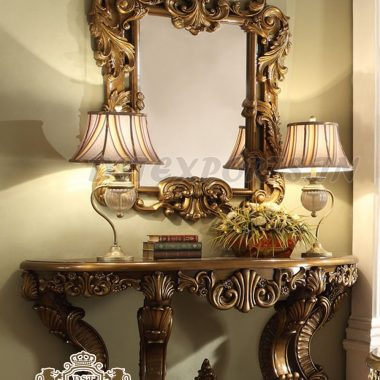 Traditional Carved Luxury Mirrored Console Table