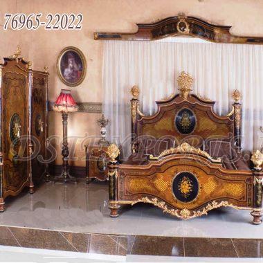 Nigerian King Size Antique Beds & Bedroom Furniture